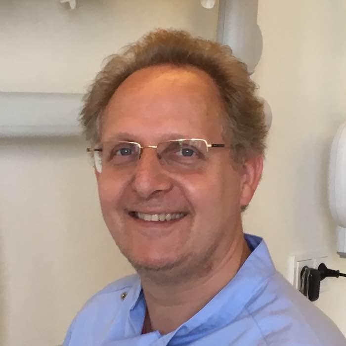 Jan Christaan Oortwijn, Tandarts aan het IJ